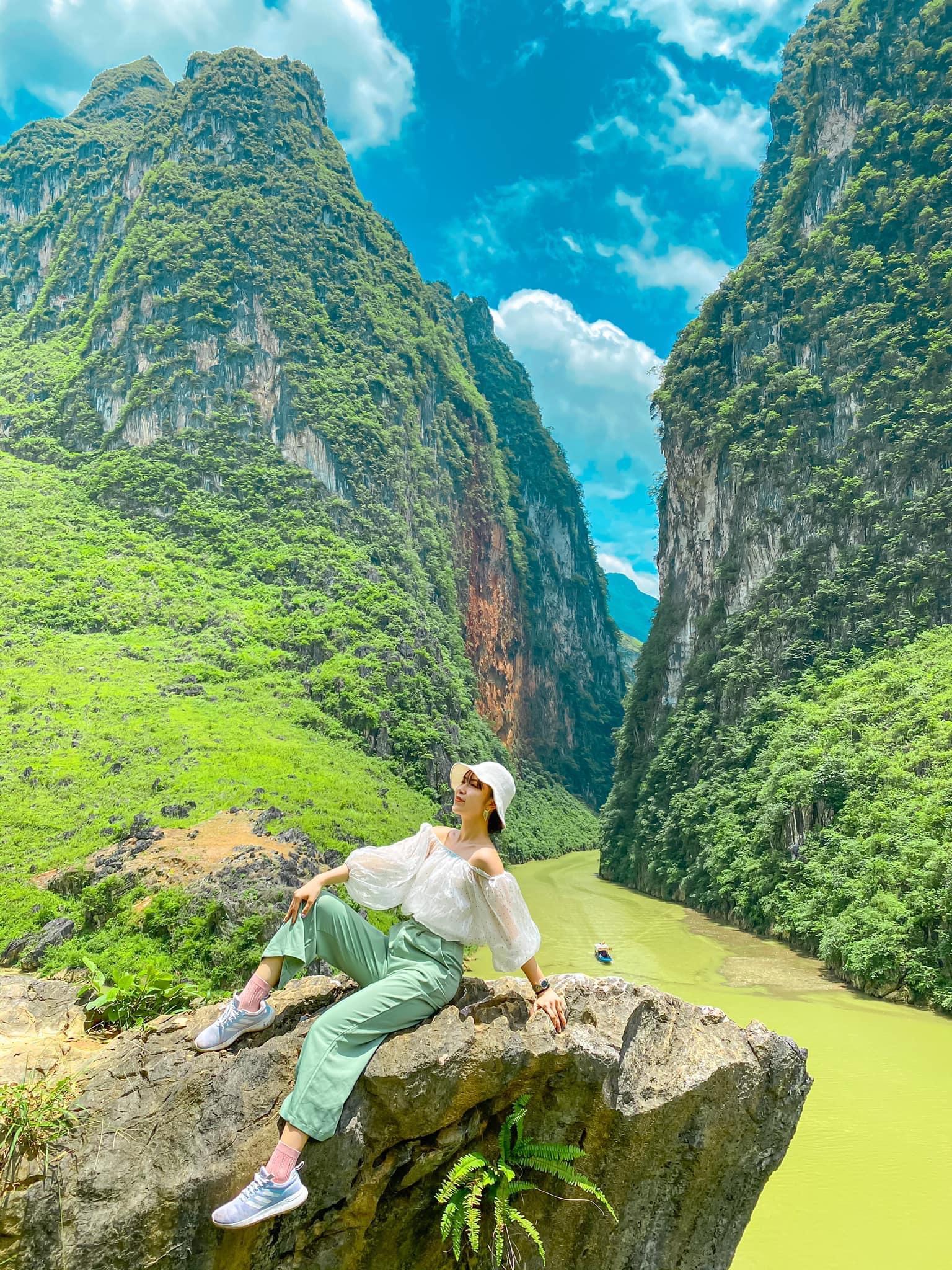 BÁNH BÈO CHẲNG THỂ ĐỔ ĐÈO- Chơi Hà Giang được không?