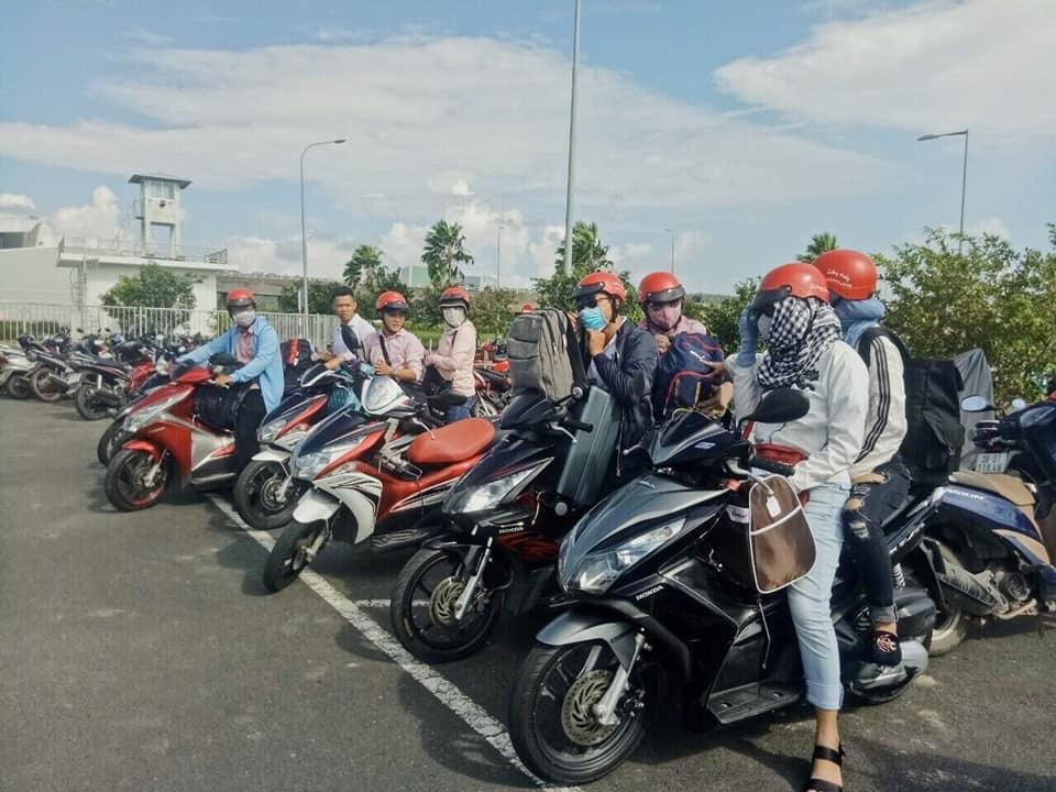 Cửa hàng Thiên Phú cho thuê xe máy tại bến tàu Phú Quốc