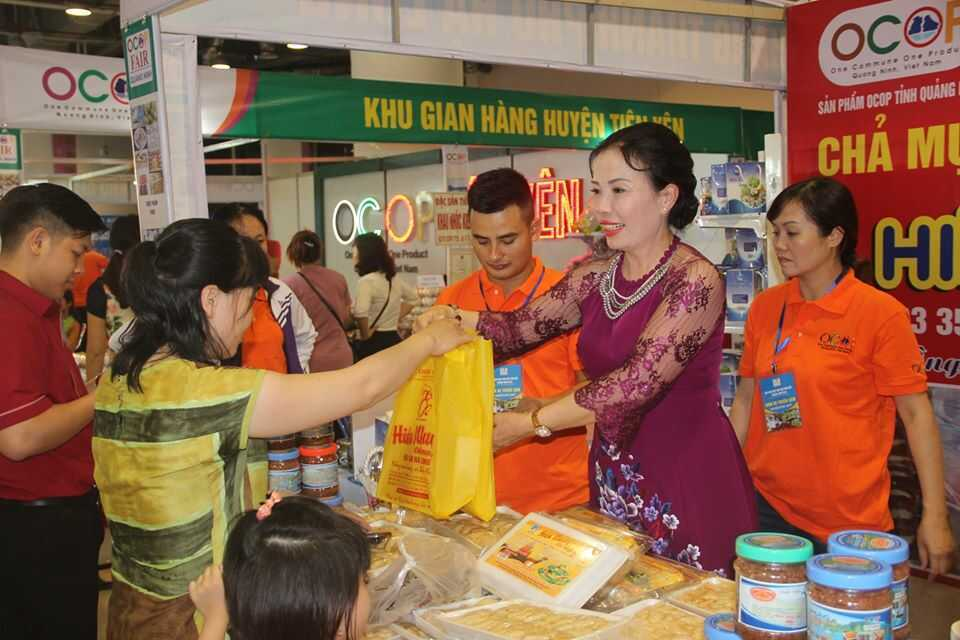 Top 15 địa chỉ cửa hàng mua chả mực Hạ Long ngon nhất Quảng Ninh