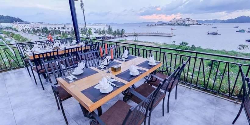 Nhà Hàng Phương Nam Hạ Long nơi khám phá ngũ vị ẩm thực biển trọn vẹn nhất