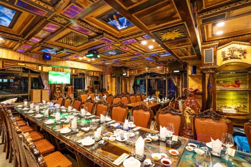 Top 20 nhà hàng quán ăn ngon quận 4 giá rẻ có tiếng đông khách nhất