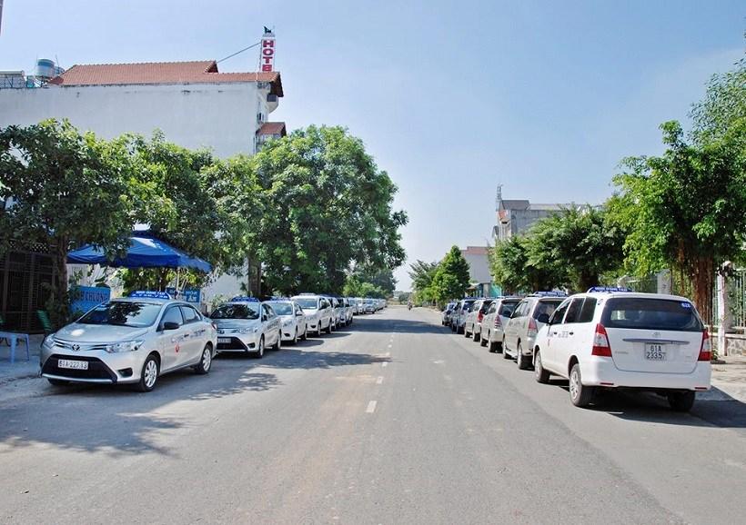Top 3 số điện thoại taxi Bình Dương Dĩ An Thuận An giá rẻ uy tín gọi ngay tổng đài