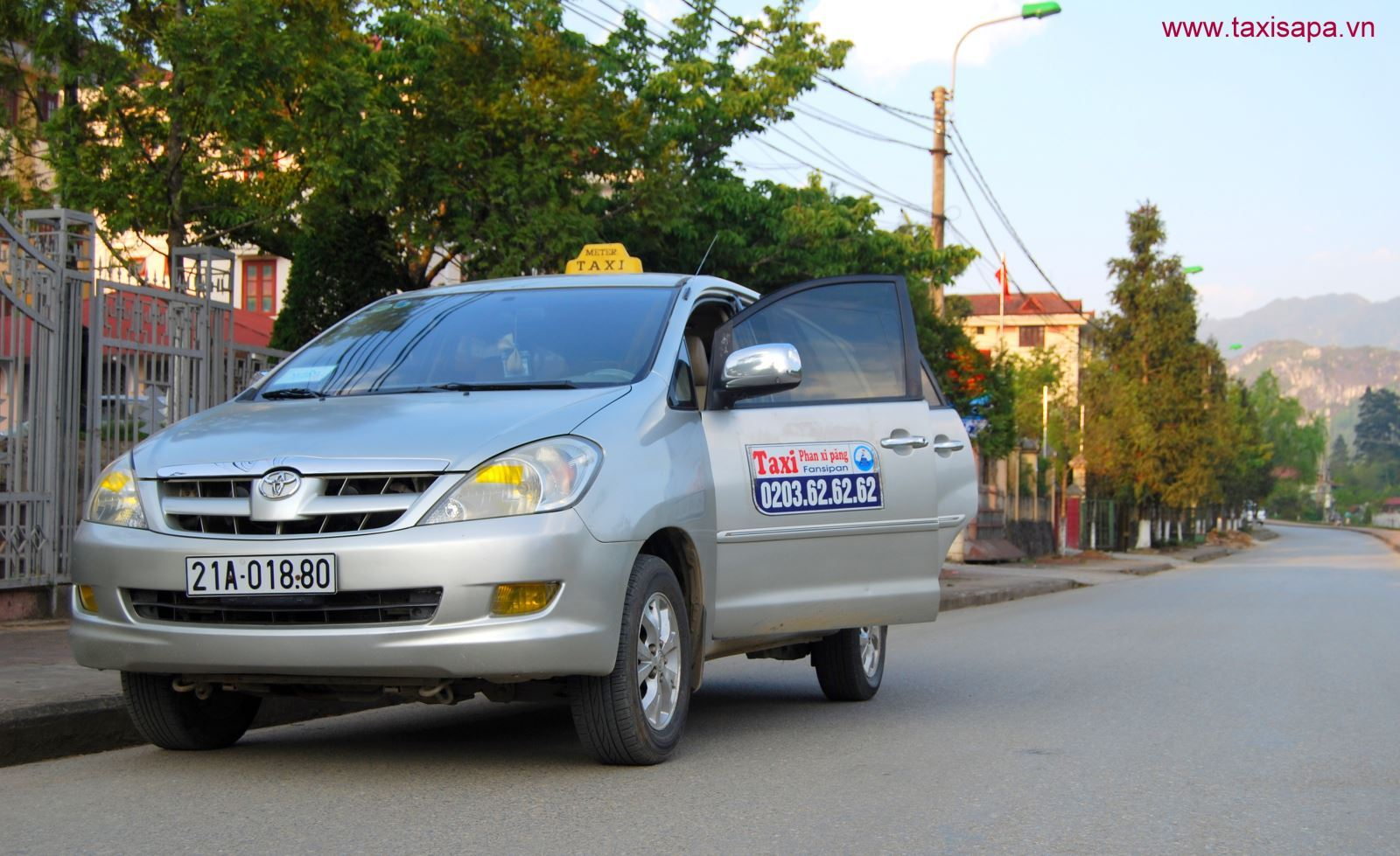 Top 13 Hãng taxi Sapa – Lào Cai uy tín giá rẻ đưa đón bến xe tốt nhất