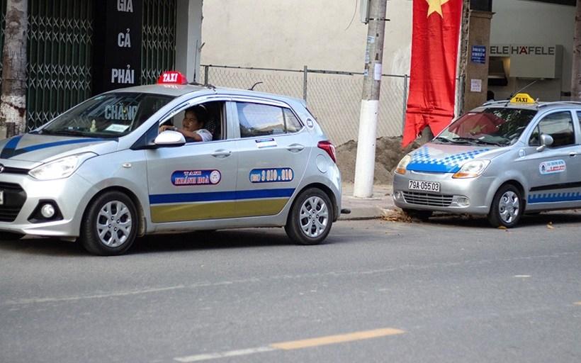 Top 10 Số điện thoại taxi Nha Trang uy tín giá rẻ đưa đón sân bay, bến xe