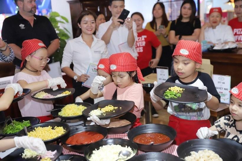 Buffet Poseidon: Menu, bảng giá, khuyến mãi và các chi nhánh ở Hà Nội