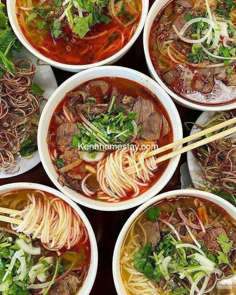 Top 25 Quán bún bò Huế Sài Gòn ngon xuất sắc chuẩn vị đông khách nhất