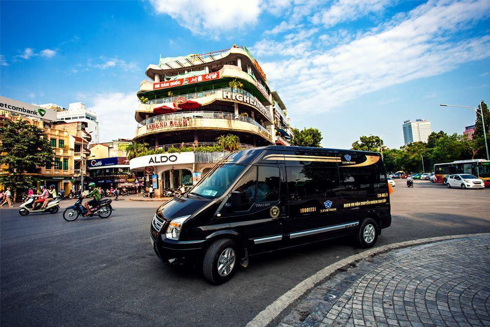 Kinh nghiệm thuê xe limousine để có giá tốt đi du lịch không thể bỏ qua