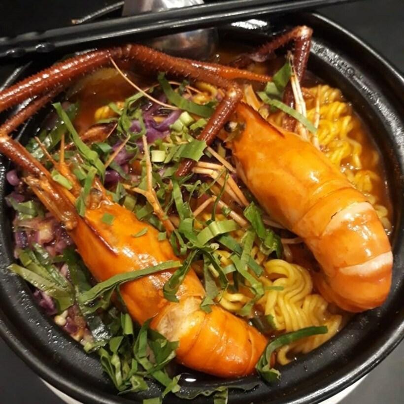 Top 20 Nhà hàng quán lẩu tôm càng Sài Gòn TPHCM ngon đông khách