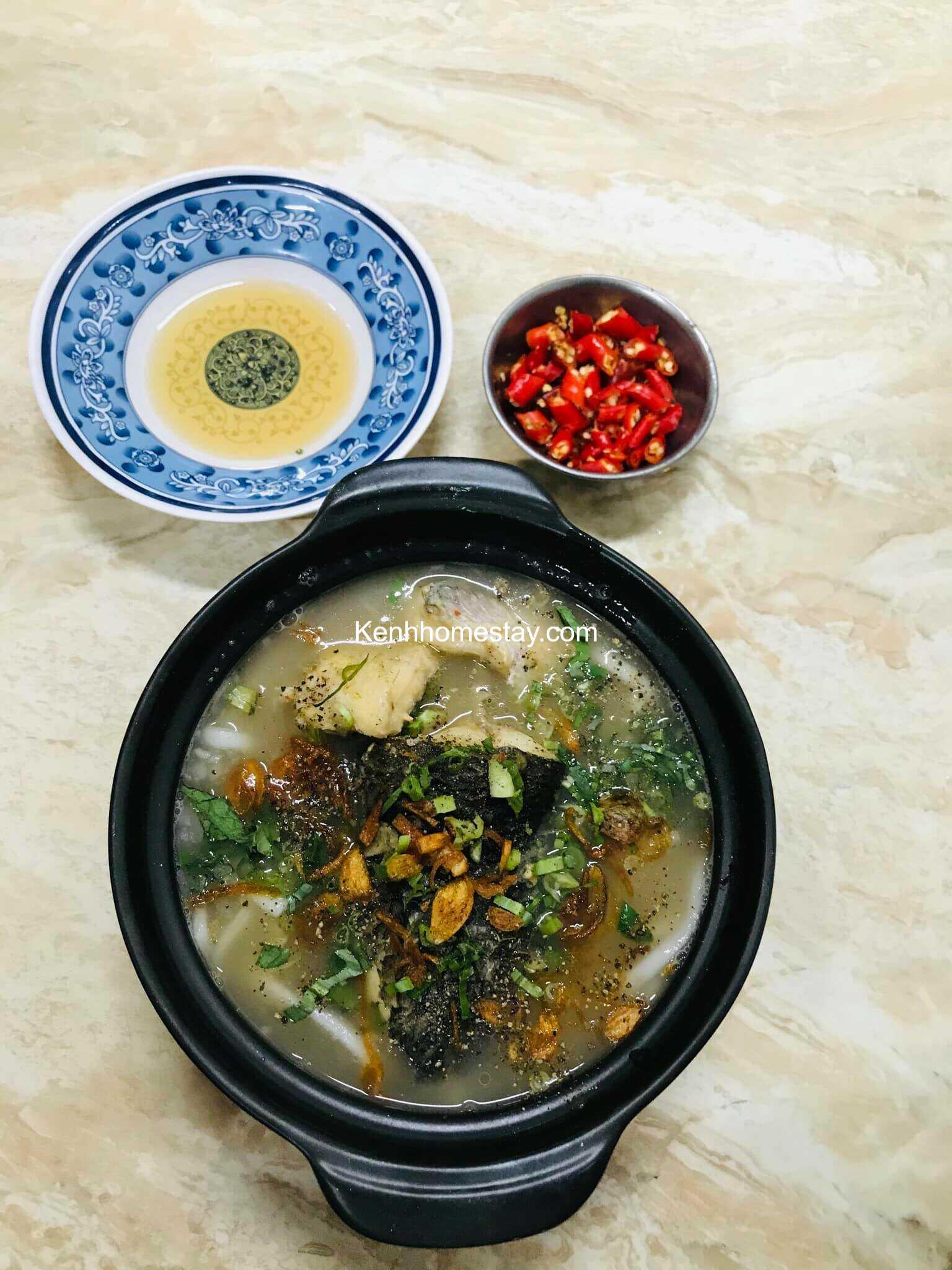 Top 10 Quán bánh canh cá lóc ngon đông khách ở Sài Gòn TPHCM