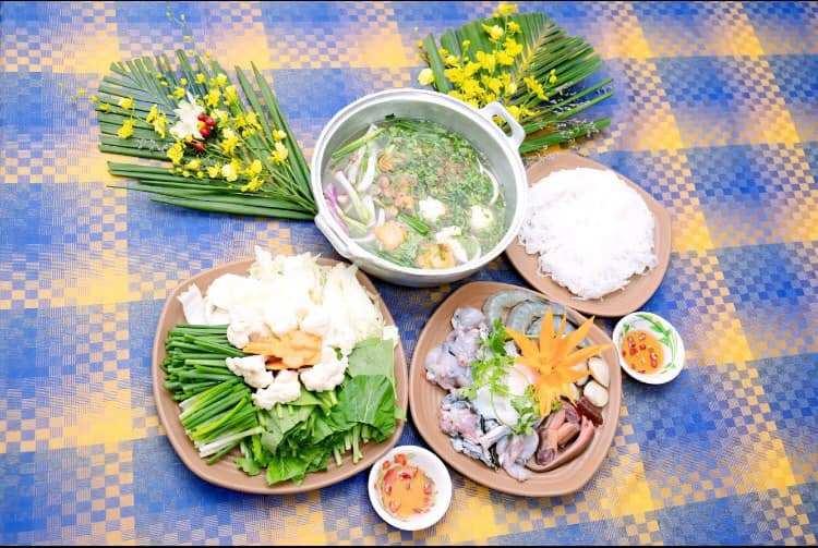 """Lên Đắk Nông """"quất sạch"""" đặc sản phố núi """"ngon nhức nhối"""" tại Điền Trang Hoa Mai"""