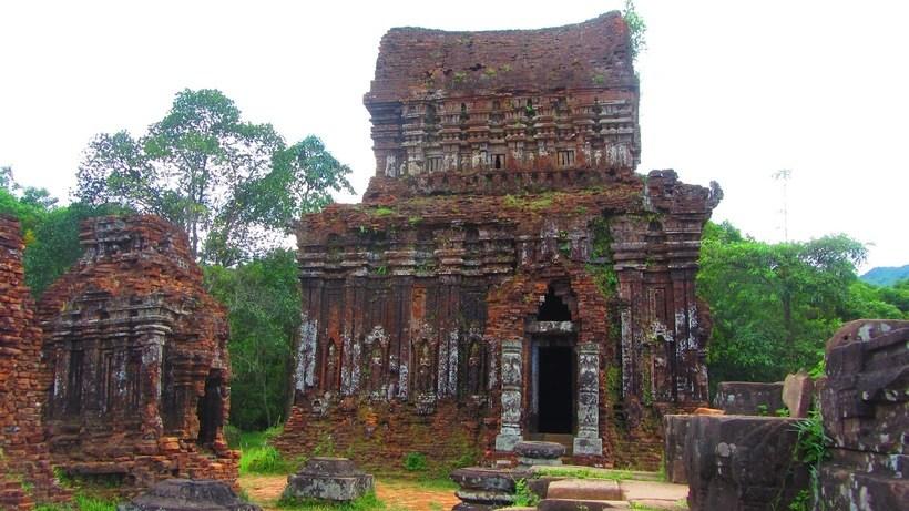 Kinh nghiệm du lịch Thánh địa Mỹ Sơn - 1 trong 10 đền đẹp nhất Đông Nam Á
