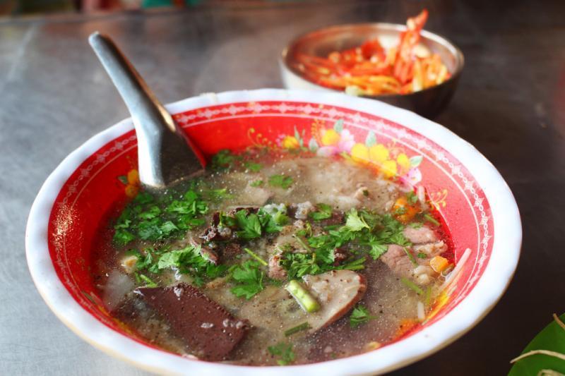 10 Quán cháo lòng Sài Gòn sẵn sàng chinh phục vị giác mọi thực khách