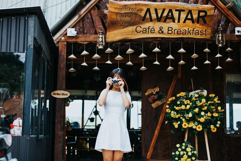"""Trình làng quán cafe """"NHÀ GỖ"""" phong cách vintage view ngắm đồi đẹp ở Đà Lạt"""