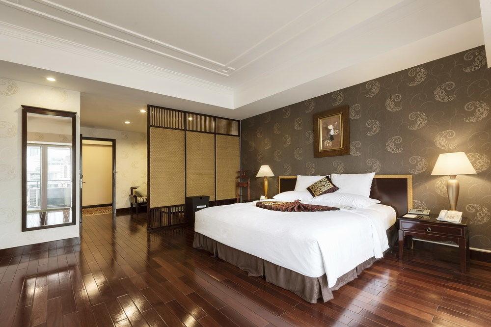 Top 10 khách sạn Sài Gòn quận 1 giá rẻ đẹp từ 2-3-4-5 sao