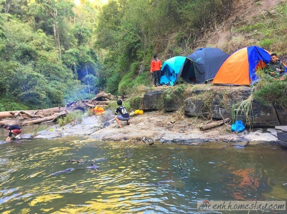 Đường lên thác Phi Liêng đặc biệt lầy lội vào mùa mưaĐường lên thác Phi Liêng đặc biệt lầy lội vào mùa mưa
