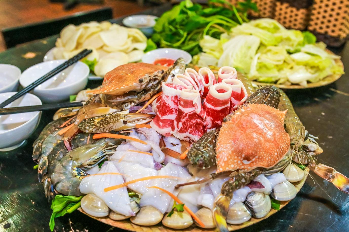 10 vựa hải sản Cần Thơ tươi ngon, quán ăn hải sản giá rẻ nên ghé