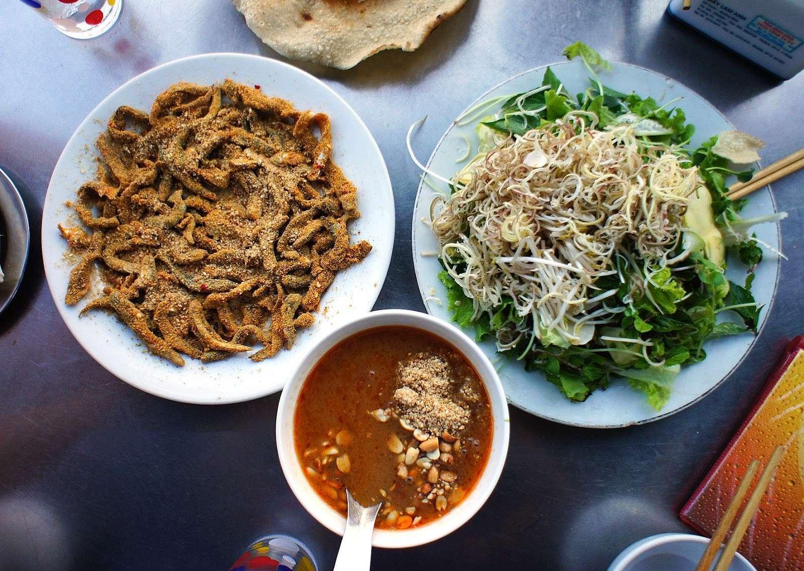 Top 20 Quán ăn sáng Đà Nẵng ngon giá bình dân đông khách nhất