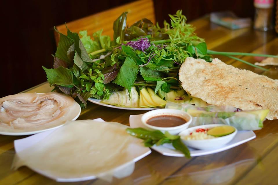 Top 10 Quán bánh tráng cuốn thịt heo Đà Nẵng thơm ngon có tiếng nhất