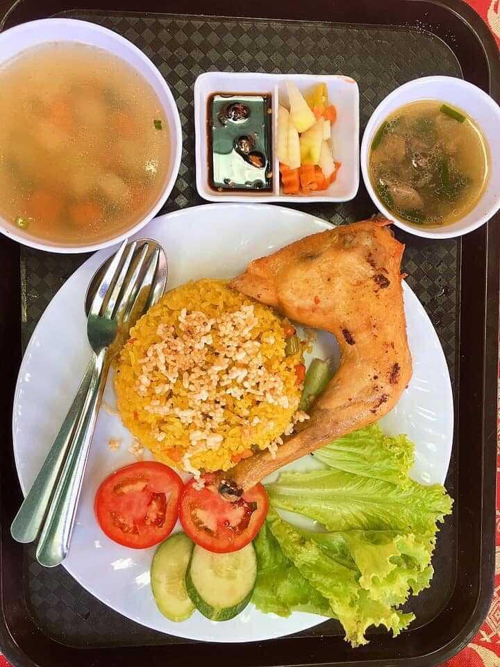 Top 10 Quán cơm gà Phú Yên ngon giá rẻ nổi tiếng nhất ở Tuy Hòa