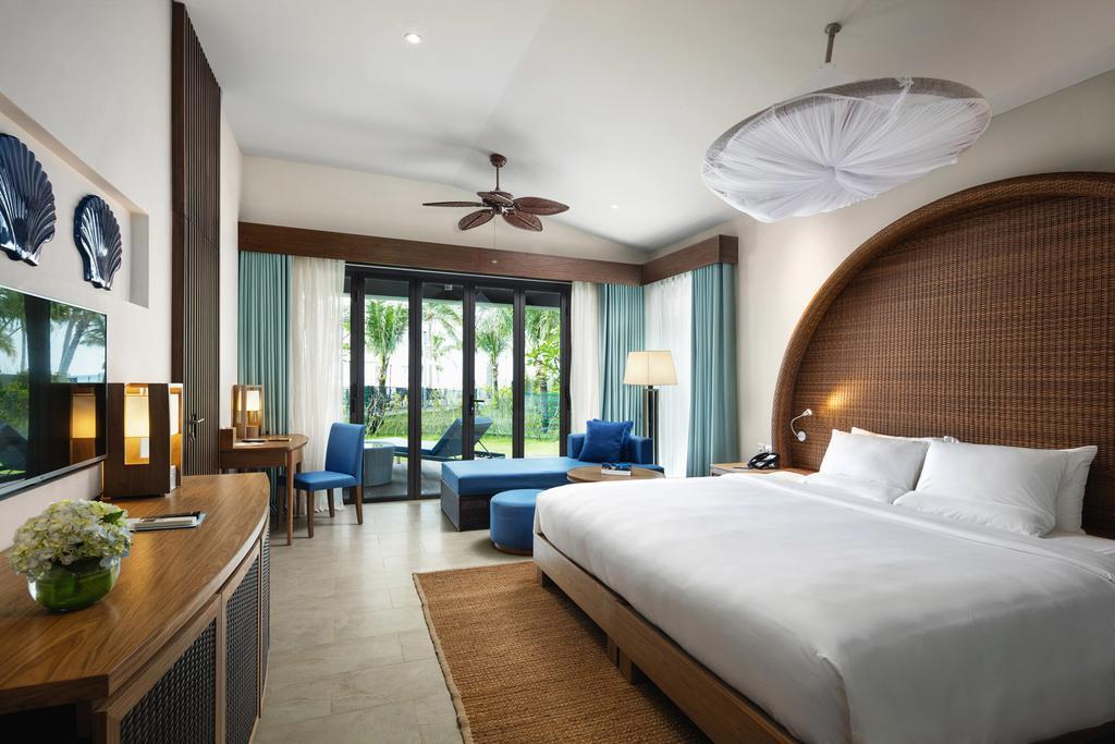 Top 10 Khách sạn 5 sao Phú Quốc gần biển đẹp đánh giá tốt nhất