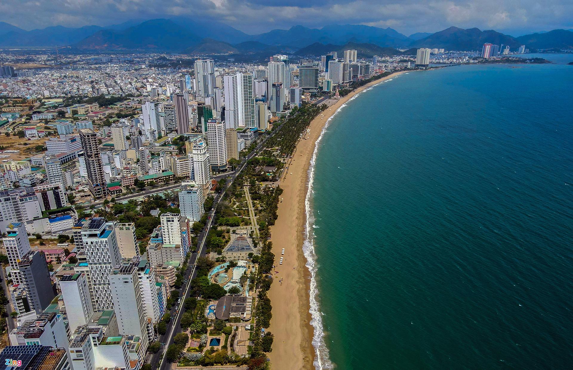 Bãi biển, danh thắng ở Nha Trang nhìn từ trên cao